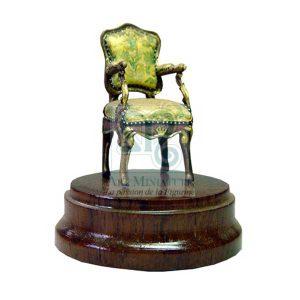 fauteuil-louis-15-en-acrylique