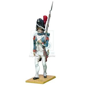 grenadier-de-la-garde-imperiale-arme-au-creux-du-bras